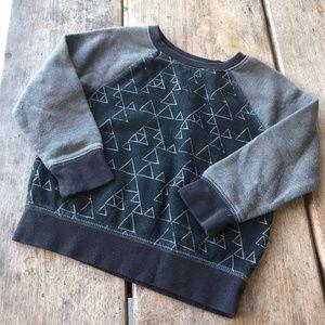Cat & Jack Gray Black Triangles Sweatshirt Boys 3T